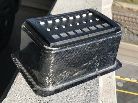 Carbon fuse holder